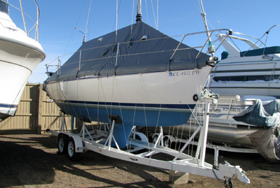 Catalina 260 on trailer